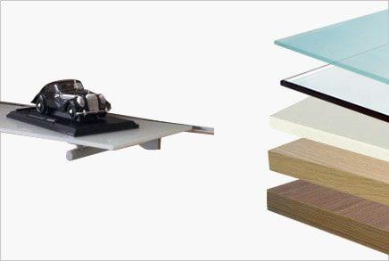 מדפי עץ, זכוכית ומראות