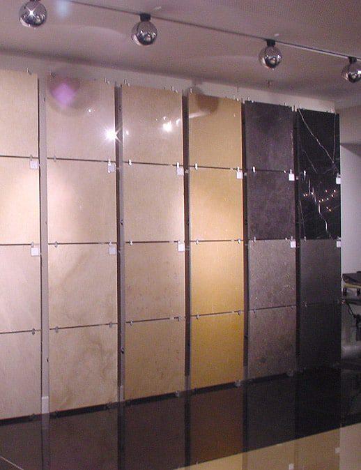 פתרונות תצוגה לחנויות קרמיקה- ריג'נסי