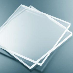 מדף זכוכית שקופה